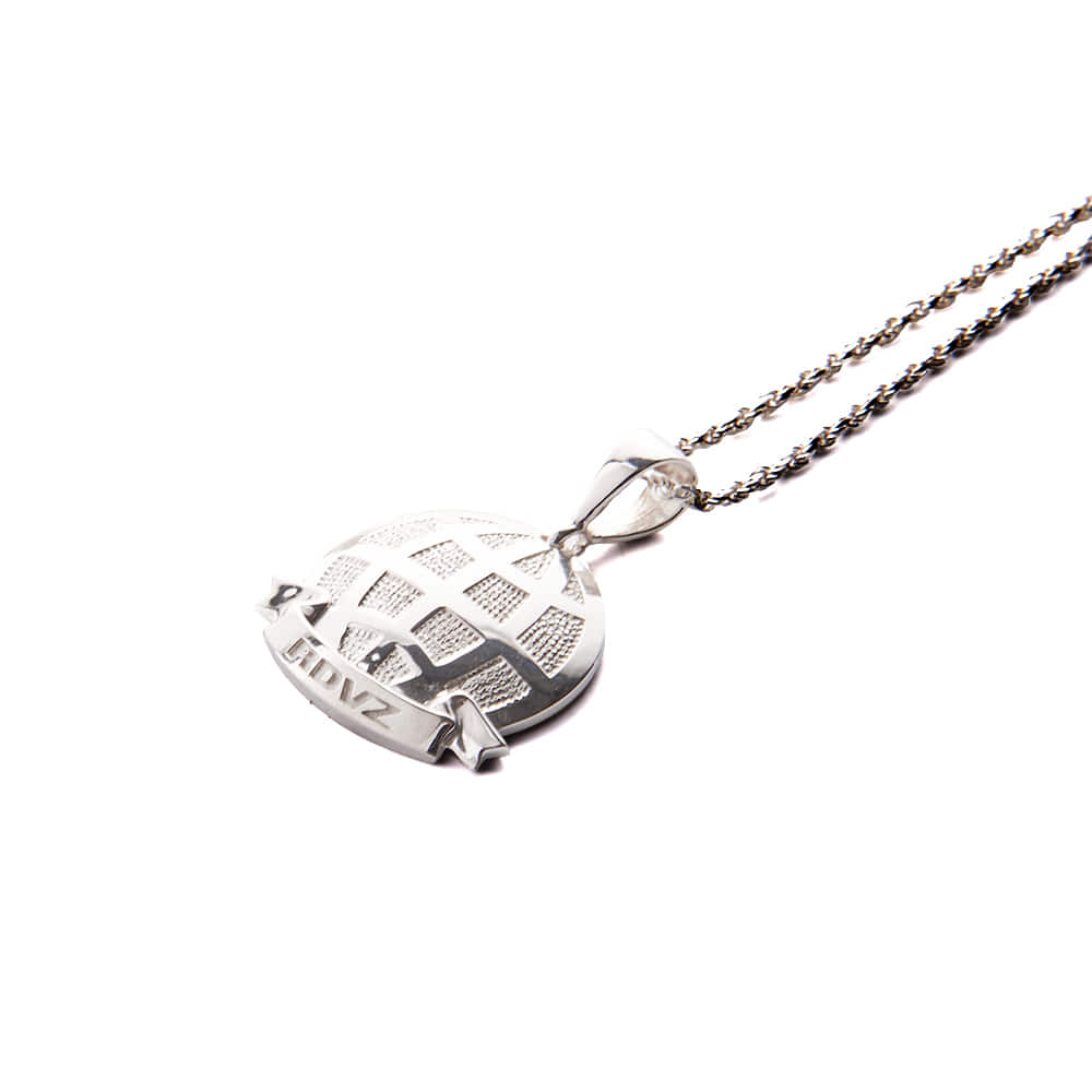 랑데부 GLOBAL PLATE NECKLACE SILVER