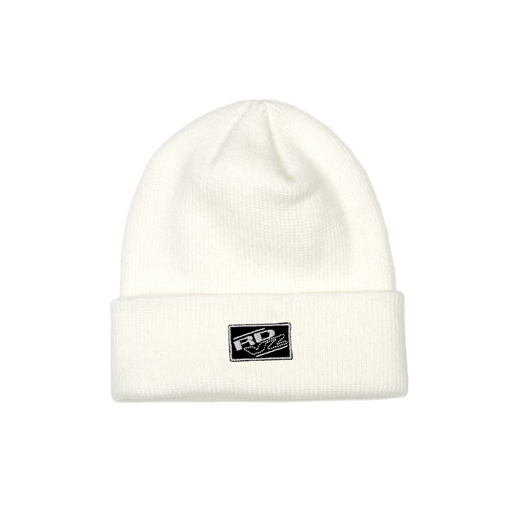 랑데부 RECTANGLE LABEL BEANIE IVORY